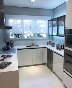 Tão linda! Amei! Via Decor Diário @pontodecor www.homeidea.com.br Face: /homeidea Pinterest: Home Idea #homeidea #arquitetura #ambiente #archdecor #archdesign #projeto #homestyle #home #homedecor #pontodecor #homedesign #photooftheday #interiordesign #interiores #picoftheday #decoration #revestimento #decoracao #architecture #archdaily #inspiration #project #regram #home #casa #grupodecordigital