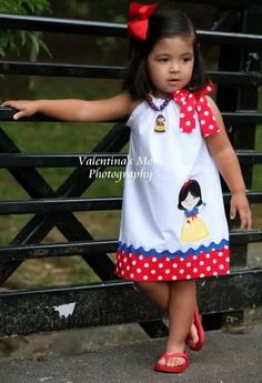 Items similar to Beautiful Snow White princess inspired pillowcase dress on Etsy Toddler Dress, Toddler Girl, Disney Outfits, Kids Outfits, Little Girl Dresses, Girls Dresses, Baby Dress Patterns, Skirt Patterns, Blouse Patterns