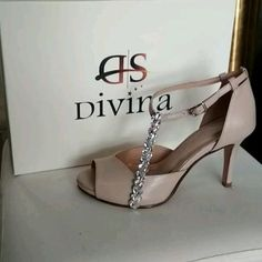 Nude νυφικά ή βραδινά παπούτσια με πέτρες και χαμηλό τακούνι Party Shoes, Low Heels, Kitten Heels, Bridal, Luxury, Wedding, Fashion, Valentines Day Weddings, Moda