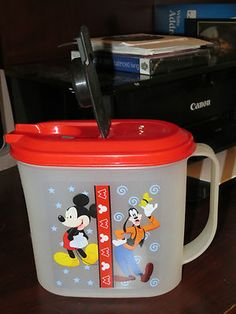 Tupperware Mickey Mouse Goofy Disney 1 quart pitcher kids