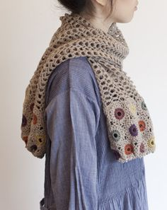 cute idea: granny squares on the ends of a simple stitch scarf