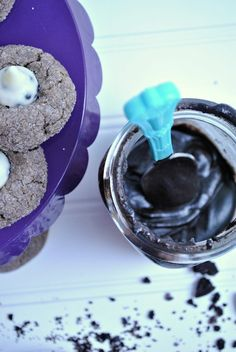 Oreo+Butter+Kiss+Cookies: Just for the Oreo Butter recipe! Kiss Cookies, Oreo Cookies, Cookie Desserts, Cookie Recipes, Dessert Recipes, Chocolate Cookies, Pudding Cookies, Dessert Ideas, Oreo Cookie Butter