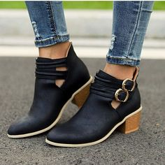 Short Winter Boots, Short Boots, Buckle Ankle Boots, Leather Ankle Boots, Chunky Heel Shoes, Shoes Heels, Tan Sandals, Wedge Sandals, Loose Fit