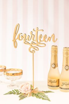 Gold Wedding Table Numbers Freestanding with base by BetterOffWed Luxury Wedding, Gold Wedding, Wedding Bells, Dream Wedding, Wedding Day, Wedding Stuff, Wedding Rustic, Wedding Wishes, Wedding Things
