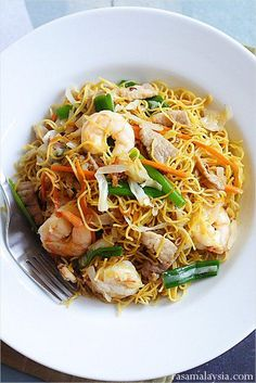 Chow Mein (Chinese Noodles), this is the most popular Chinese recipe on Rasa Malaysia. #noodles #chinesefoodrecipes