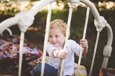 Outdoor children posing ideas for mini sessions by BP4U Photographer Resources