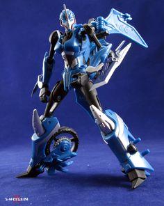 Transformers: Prime Arcee