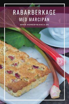 Nem, lækker og luftig rabarberkage med marcipan - Home by Bianca Afternoon Snacks, Sweet Cakes, No Bake Cake, Banana Bread, Bakery, Slik, Food And Drink, Sweets, Liquor