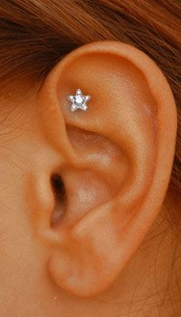 Venus by Maria Tash - diamond rook stud