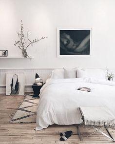 Dreamy bedroom via @thelinenyc