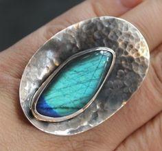 MAGDALENA BĘBNOWSKA Poland Labradorite & sterling silver ring