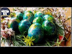 Oua vopsite de Paste - Metoda foarte interesanta si extrem de simpla ( arata deosebit) - YouTube Easter Egg Dye, Easter Bunny, Diy And Crafts, Arts And Crafts, Snow White Disney, Easter Traditions, Easter Crafts, Easter Ideas, Food Design