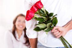 Menaklukkan hati wanita memang tidak semudah membalikkan telapak tangan, tapi coba deh ikuti tips ini dijamin si dia langsung jatuh hati sama kamu