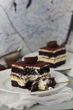 Cake with mascarpone cream and coffee - Cooking Cake Deliciouse Romanian Desserts, Romanian Food, Tasty Dishes, Food Dishes, Cake Recipes, Dessert Recipes, Sweet Cakes, Something Sweet, Ice Cream Recipes