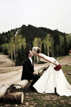 Mountain wedding LOVE everything about this shot, dress, veil, roses!