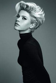 short+styles+for+women+with+thin+hair | Nice compromise between short and mid-short hair length