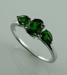 Chrome Diopside 1.71 Ct Ring 925 Silver Ring Ladies & Women Occasion Jewellry  #SGL #ThreeStone