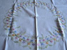 Hand Embroidered Daisy Table Cloth by MantleMemories on Etsy