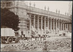 Historic paris on pinterest paris old paris and the louvre - Date construction du louvre ...
