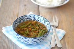 Indonesische sajoer boontjes. Lekker als bijgerecht geserveerd met bijvoorbeeld rijst, kip en een komkommersalade. Lees hier hoe wij dit gemaakt hebben.