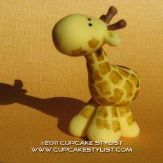 Giraffe Safari Animal Cake and Cupcake Topper by CupcakeStylist Fondant Giraffe, Giraffe Cupcakes, Animal Cupcakes, Jungle Theme Cakes, Safari Cakes, Fancy Cakes, Cute Cakes, Girraffe Cake, Fondant Animals Tutorial