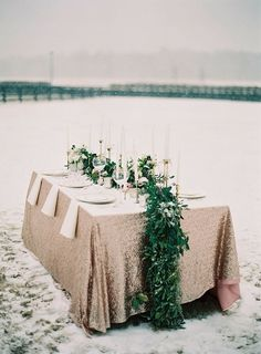 10 Stunning Ideas For A Unique Table Setting At Your Wedding #catering #events #weddingreception