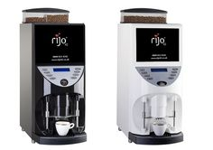 The Brasil range of commercial coffee machines are a bean to cup machine with a high gloss finish. Attract your customers with the multimedia screen on the Brasil RSD.