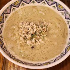 鶏スープの旨みを余すことなく感じたいなら…  #オススメ 😄😄 #揚州濃厚塩ラーメン 😋 #中太麺 のコシも絶妙🎵 鶏挽き肉、椎茸、タケノコの具材がgood👍 #濃厚 #鶏スープ #コラーゲン #ramen #鶏白湯 #tokyotrip #tachikawa #立川 #揚州商人