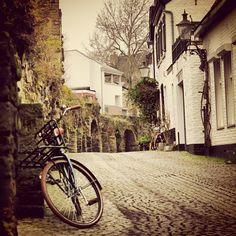 Europe - @grahamomahony- #Maastricht #Mtricht #UniverCity #street #langgrachtje