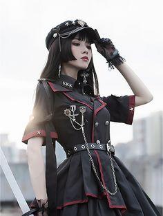 Harajuku Fashion, Kawaii Fashion, Lolita Fashion, Girl Fashion, Old Fashion Dresses, Fashion Outfits, Japonese Girl, Estilo Lolita, Figure Poses