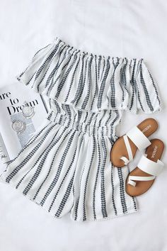 08f38e28b99e 26 Adorable Outfit Ideas for Spring Fall 2019 in 2019