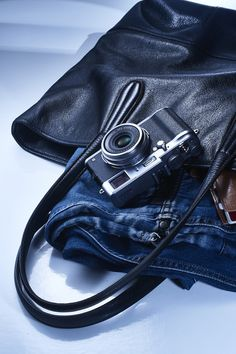 This is just one very classy gift in the Mother's Day Gift Guide: The Fuji Fuji X100, Fuji Camera, New Toys, Michael Kors Hamilton, Stylish Men, Fujifilm, Mother Day Gifts, Gift Guide, Mens Fashion