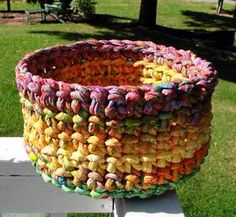 must learn to make this basket from fabric strips.