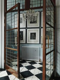 Home Decor For Small Spaces Wonderful reclaimed doors.Home Decor For Small Spaces Wonderful reclaimed doors. Interior Walls, Interior And Exterior, Interior Office, Interior Plants, Interior Ideas, Exterior Design, Reclaimed Doors, Wooden Doors, Painted Floors