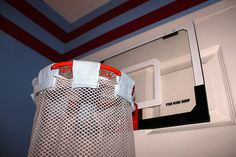 DIY Basketball Hamper for the sports themed room {Stratton Homemade}