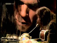 """""""Neil Young has been to - Hollywood and Redwood, the - trendiest places""""  Neil Young - In Concert 1971 BBC [1080p]"""