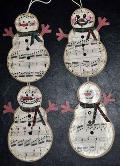 Trendy Diy Paper Tree Ornaments Sheet Music Diy Christmas Tips Music Christmas Ornaments, Paper Ornaments, Christmas Art, Handmade Christmas, Christmas Tree Decorations, Ornament Crafts, Primitive Christmas, Christmas Ideas, Sheet Music Crafts