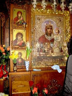"""Closer up miracle working icon of Our Lady """"Look at Humility"""" aka """"Support to the Humble"""", Danilovsky Monastery,Moscow: Abbot Damian, noticed that the Icon, that was placed into the wooden frame under glass, become darker. When the glass was removed, they've revealed that the bright colors of the Icon have not changed, but on the reverse side of the glass appeared a non-hand-made silvery imprint, exactly repeating the image of Mother of God and a Child. Orthodox Catholic, Orthodox Christianity, Day Of Pentecost, Mother Images, Russian Icons, Hail Mary, Blessed Virgin Mary, Religious Icons, Orthodox Icons"""
