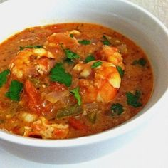 Ripped+Recipes+-+Shrimp+In+a+Fiery+Red+Pepper+Sauce - If+you+can+stand+the+heat. then+get+into+this+shrimp+bowl! Red Pepper Sauce, Red Sauce, Best Shrimp Recipes, Seafood Recipes, Healthy Food Options, Healthy Recipes, Clean Recipes, Healthy Eats, Healthy Foods
