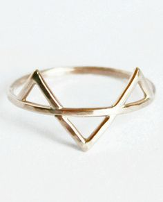 3 Spike Ring