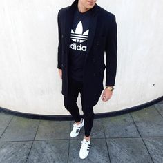 7 Essential Men's Streetwear Pieces To Create a Neat Look on Instagram | #streetstyle #hypebeast #highsnobiety #asos #kanyewest