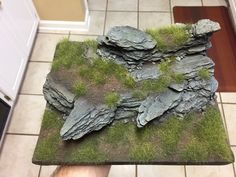 Step by step terrain building When a game mat just isn't cool enough terrain for your tabletop games (Pathifinder, DND, Warhammer) Warhammer Terrain, 40k Terrain, Game Terrain, Wargaming Terrain, Landscape Model, Small Shrubs, Model Train Layouts, Fairy Houses, Model Trains