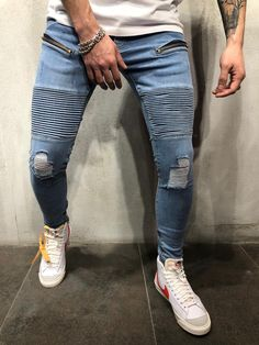 mens jeans for men Men Street, Street Wear, Streetwear Jeans, Rider Jeans, Ripped Knees, Stylish Mens Outfits, Mens Style Guide, Casual Street Style, Mens Clothing Styles