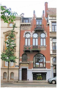 ART NOUVEAU BRUSSELS-house with the owls on top. Next to the Hotel Hanon. See other pin for closeup of door