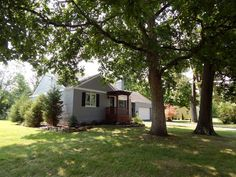 real estate photo 1 for 517 Hanna Ave Loveland, OH 45140  asking 149,000