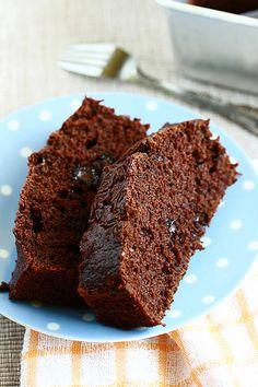 Mochachocolata-Rita: Chocolate Carrot Cake - Moist & Very Chocolatey Chocolate Carrot Cake, Chocolate Muffins, Bread Cake, Dessert Bread, No Bake Desserts, Delicious Desserts, Carrot Loaf, Cake Recipes, Dessert Recipes