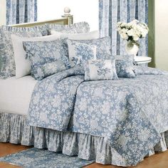 Shelby Jacobean Floral Quilt Bedding