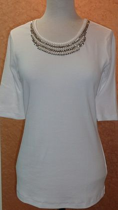 Ladies white top from Basler Popup