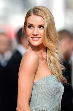 The Best Beauty Looks from #Cannes 2014 | Rosie Huntington-Whiteley opted for long wavy tresses and a sun kissed glow