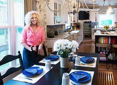 Country Band Little Big Town On Their Decor Style, How to Make a Tour Bus Feel Homey, and More  - HouseBeautiful.com